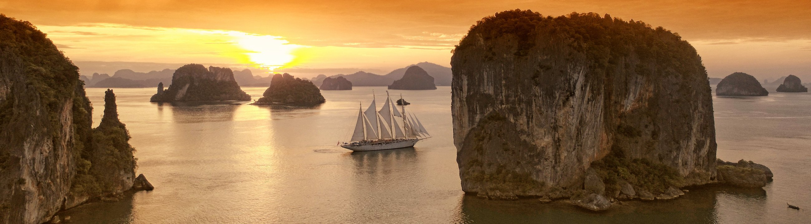 Star Clipper bei Sonnenaufgang in Thailand