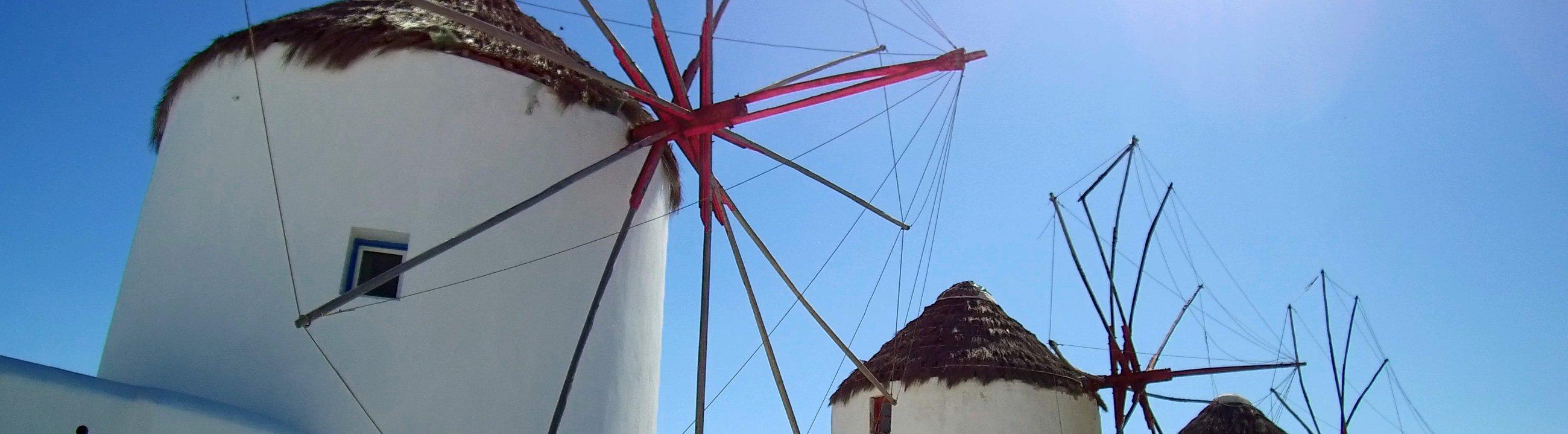 Ösliches Mittelmeer Mykonos Windmühlen